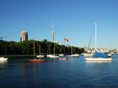 CN Tower from AlexandraYachtClub.jpg